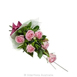 AFFECTION Bouquet of 6 long stem roses AUS 767 (pink)