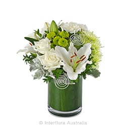 DEVOTION Elegant arrangement in glass vase AUS 730