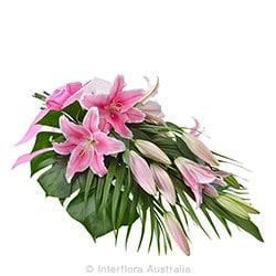 GRACEFUL Elegant bouquet of oriental lilies AUS 708