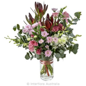 JENNA Large bouquet in a glass vase CODE SA249